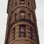Image de Flatiron Building. flatironbuilding buildings architecture flatiron nyc manhattan 23rdst 5thave broadway danielburnham madisonsquare summer newyorkcity newyork