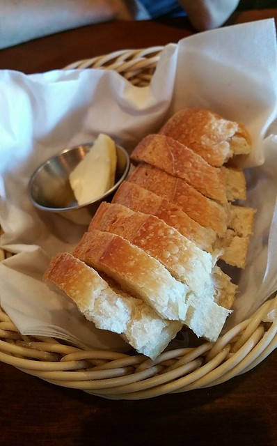 2018-Jul-11 Bistro Wagon Rouge - complimentary bread