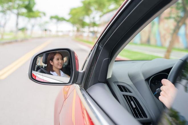 【圖二】Ford今年舉辦女性專屬的安全節能駕駛體驗營,首次規劃女性專屬駕駛課程,傳授行車安全知識及正確駕駛技能,鼓勵女性享受安心自信的用車生活!