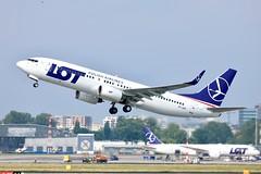 LOT Polish Airlines B737-800 SP-LWB departing WAW/EPWA