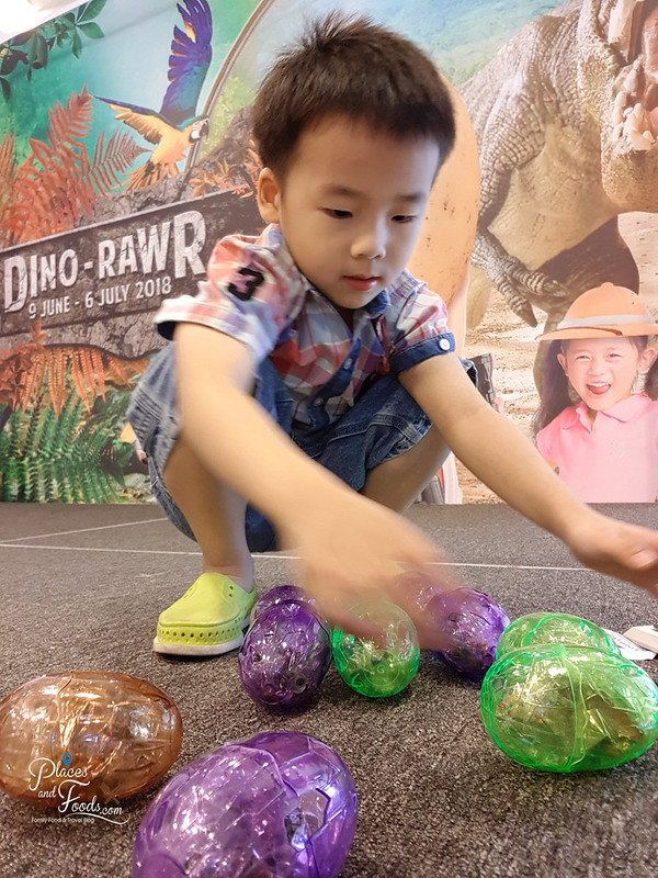 mines shopping mall dino eggs hunt