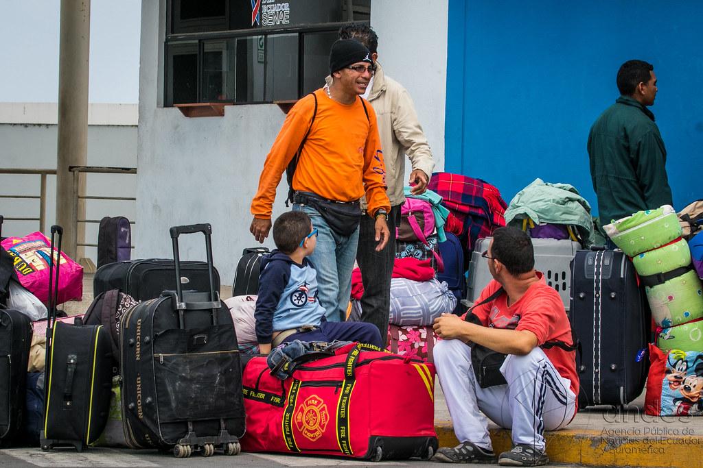 VENEZOLANOS EN ECUADOR / HUAQUILLAS