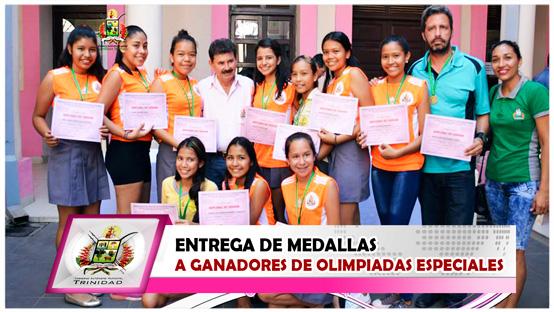 entrega-de-medallas-a-ganadores-de-olimpiadas-especiales