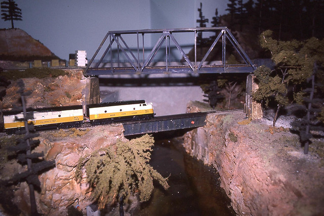 from the layout tour during the 1985 NMRA national convention in Milwaukee