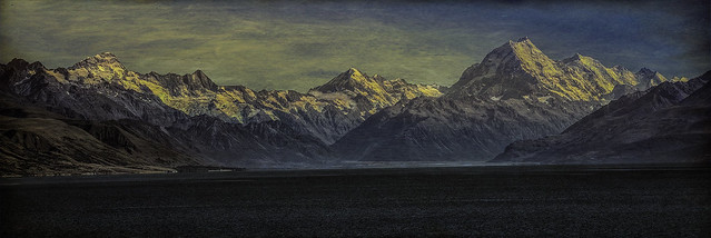 Across Pukaki to the Cook Range (NZ)