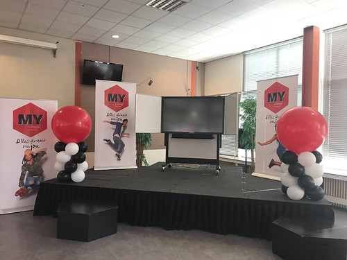 Ballonpilaar Breed Rond Diplomauitreiking My College Spijkenisse