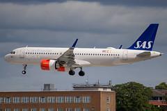 SAS Ireland - Airbus A320-251NEO EI-SIB @ London Heathrow