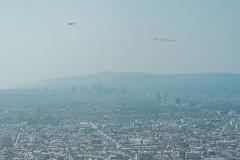 08.12 「同慶之旅」總統抵達美國,圖為當地小飛機拉布條歡迎
