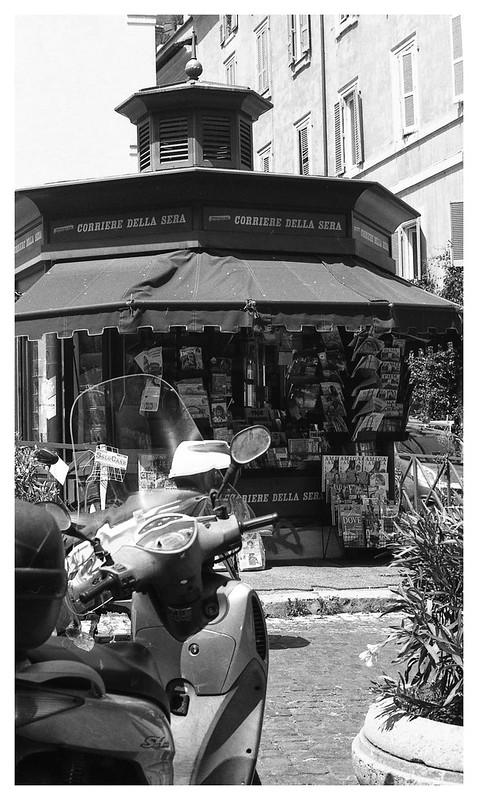 rome street scene 4