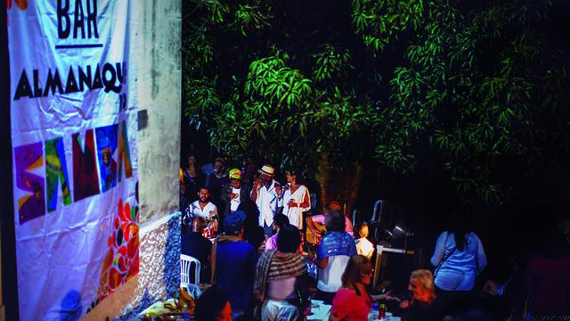 Reportagens sobre a vida de quem faz samba também estão no almanaque - Créditos: Luis Evo