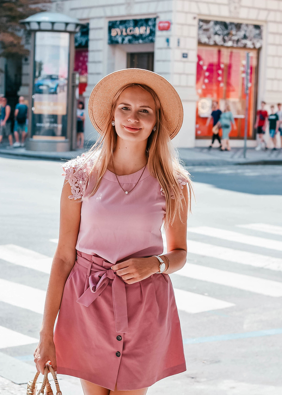 Prague fashion blogger