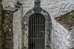 OLD WELL ON LACKEN WALK IN KILKENNY [MAY BE A HOLY WELL]-143042