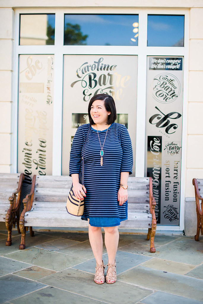 A Striped Dress for Fall-@headtotoechic-Head to Toe Chic