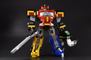 """Go Go Power Rangers!!"" wahkaka0321 樂高MOC 作品《金剛戰士》金剛戰神(大獸神) Mighty Morphin Power Rangers Megazord"