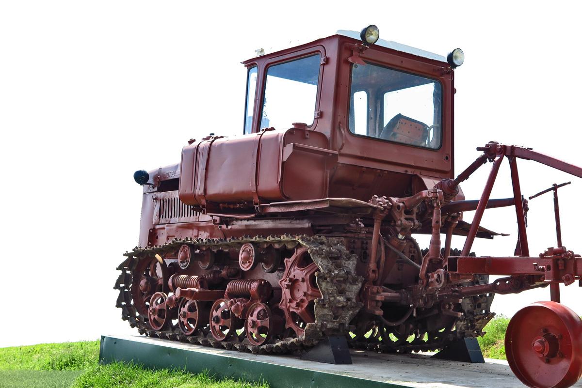 13  Трактор ДТ-75М, Татарстан, Кукморский район