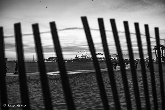 Beach-Side @ Santa Monica Leica M Monochrome (CCD)