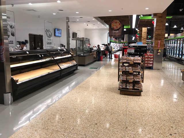 Centra FoodMarket 320 Bayfield Street Unit M101 Barrie Ontario L4M 3C1 Canada