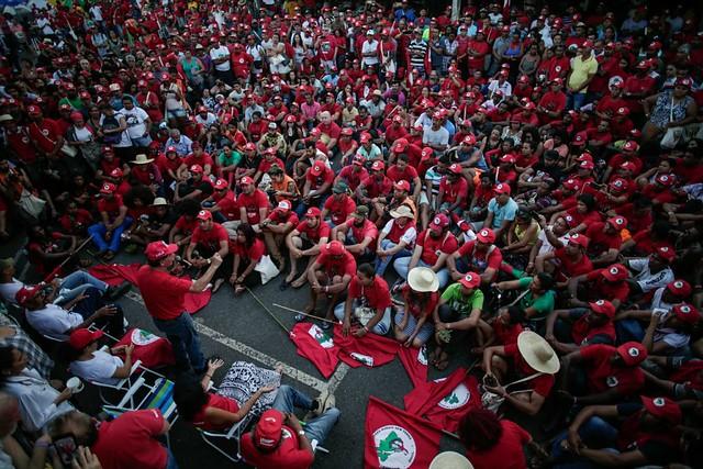 Greve de fome é a quarta coluna da Marcha Lula Livre, afirmam manifestantes