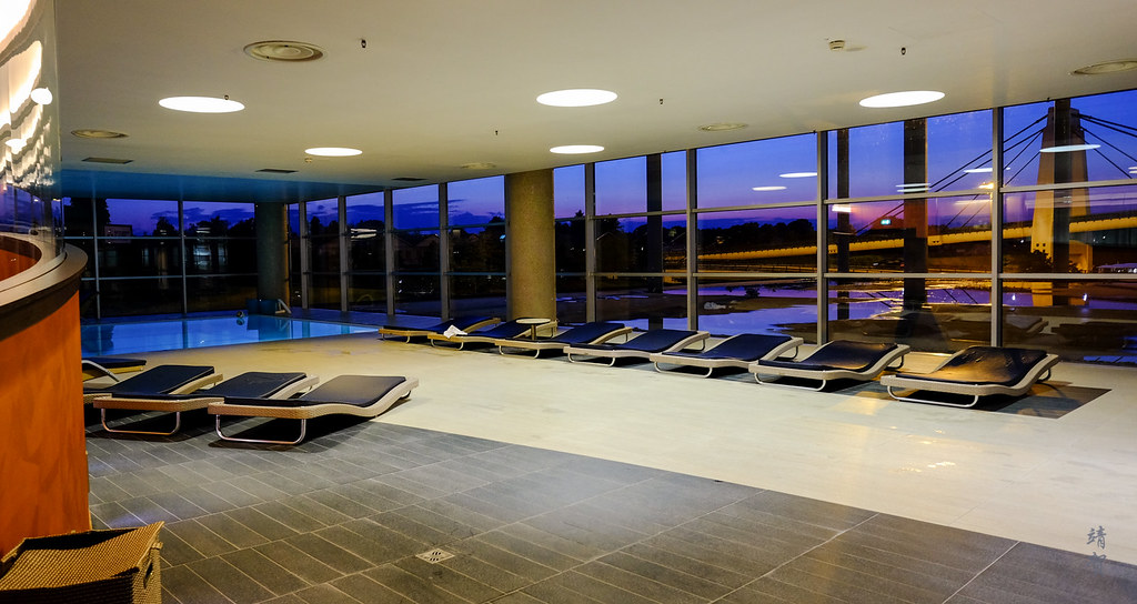 Indoor swimming pool deck