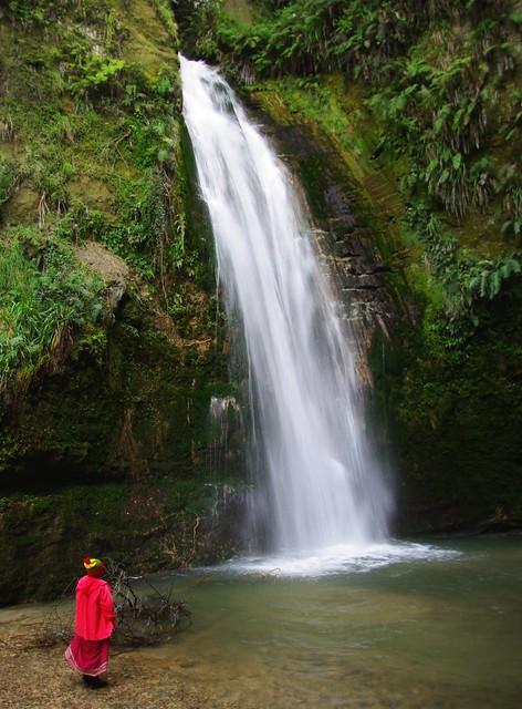 Te Ana falls, Pentax K200D, smc PENTAX-DA 18-250mm F3.5-6.3 ED AL [IF]