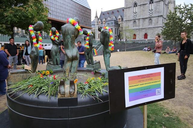 Protest tegen LGBTQI+foob geweld in Gent // Foto's door Jean-Marie Versyp