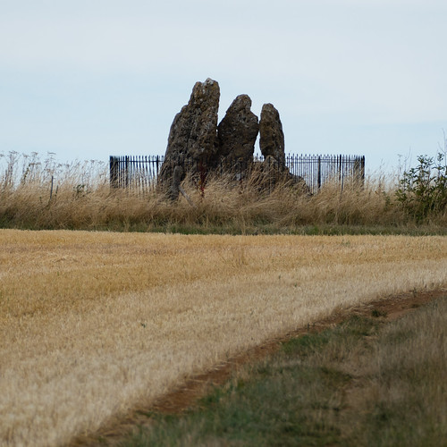 Rollright Stones: the Whispering Knights