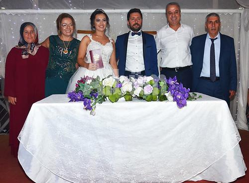 Hafize-Tuncer,-Saliha-Sönmez,-Burcu-Sönmez,-İbrahim-Tuncer,-Zafer-Sönmez,-Mehmet-Tuncer-(3)