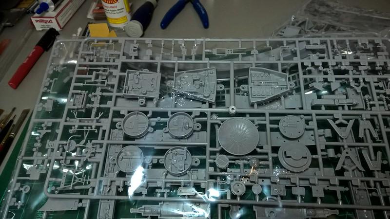 Millennium Falcon 18
