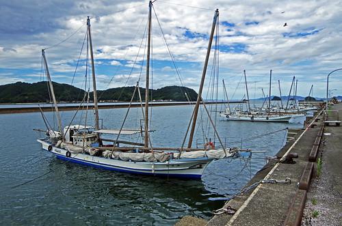 japan kumamoto ashikita sailboat utase fishing