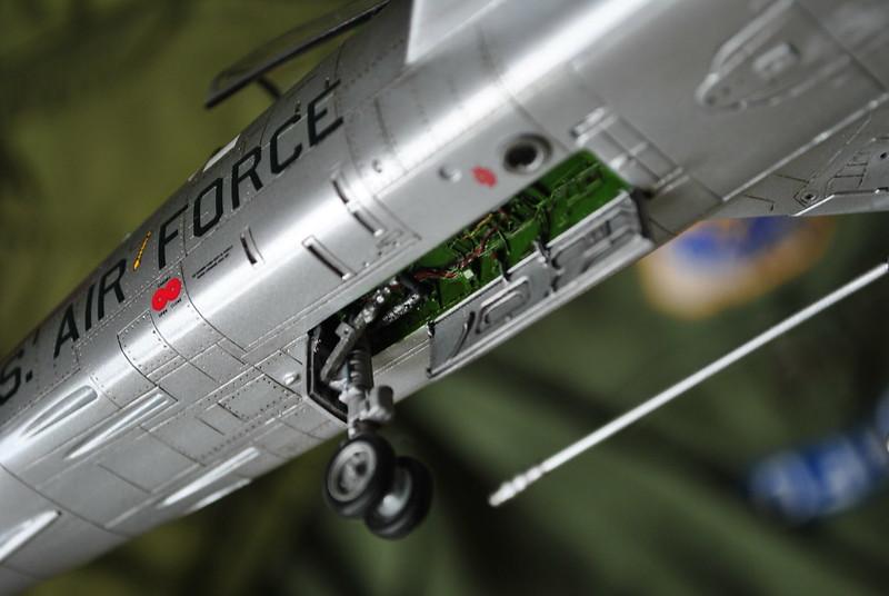f100D-6