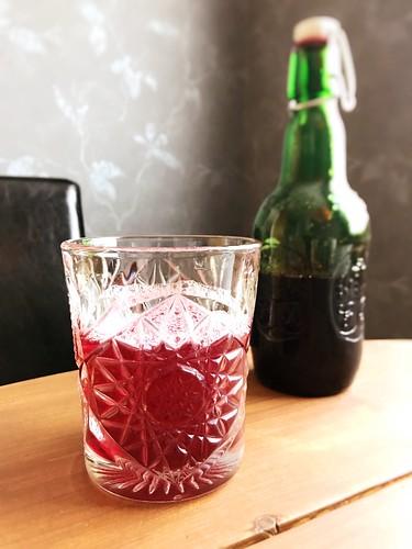 svarta vinbärssaft