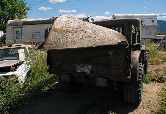 car junk yard (31)