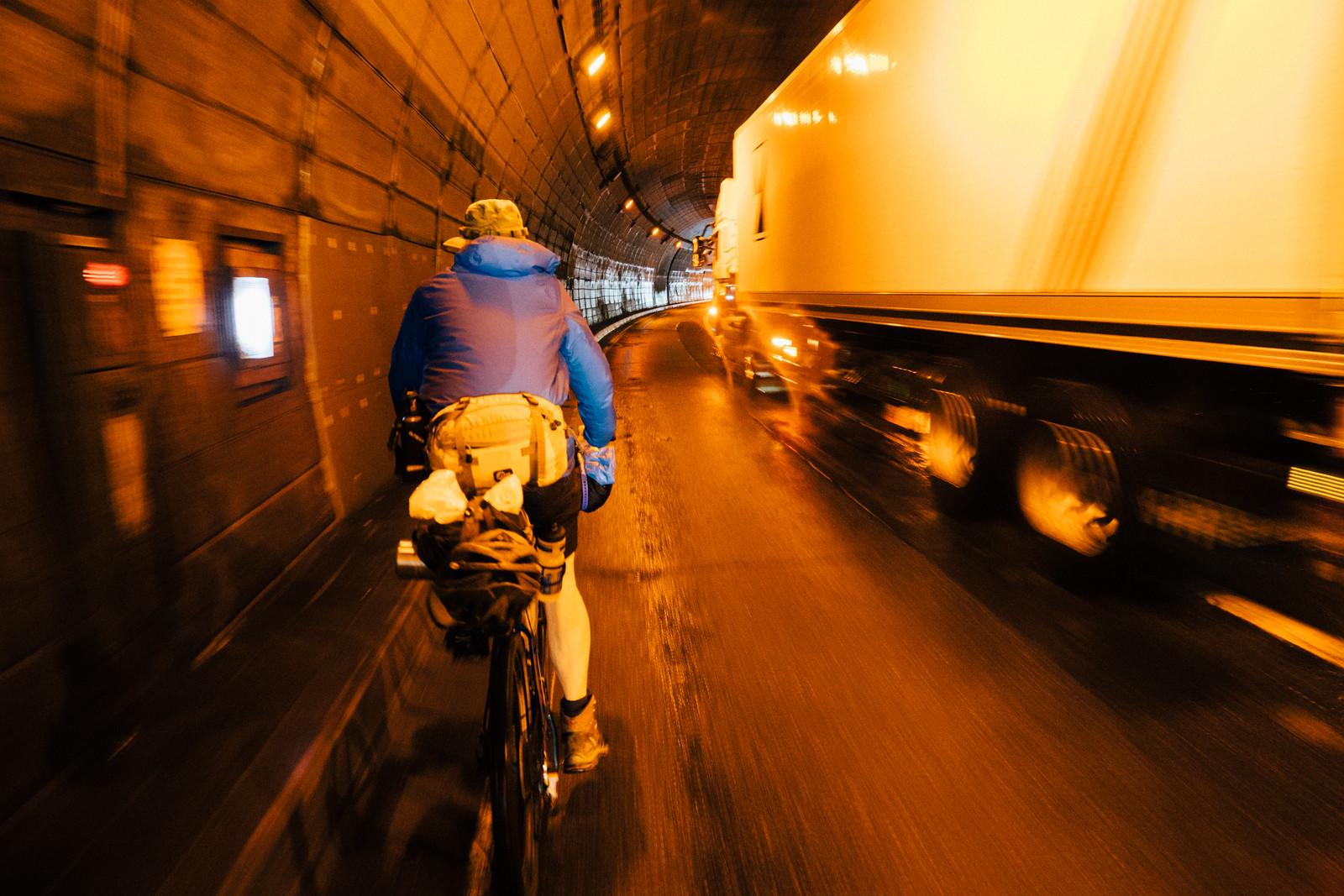 Trans-Hokkaido Bikepacking Route (beta) | Cycling towards the Niniu road (Route 610) from Hobetsu Campgrond