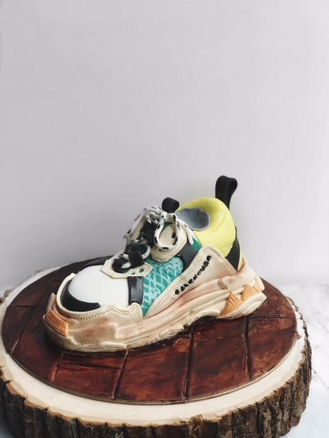 Cake by Noelle Lim