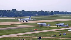 Bombardier Airbus A220-300 C-FFDO Oshkosh Airport webcam capture