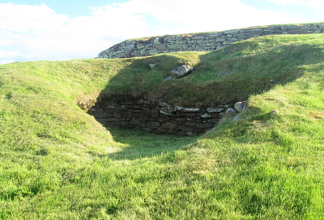 Càrn Liath Broch, External Structure