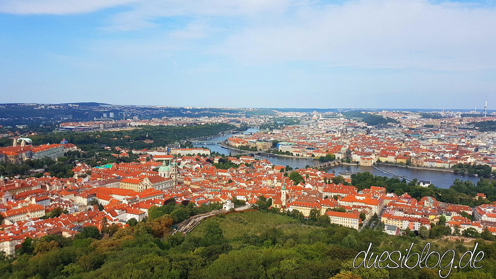Prag Prague Praha Kleinseite Petrin Hill Strahov Burg duesiblog travelblog 39
