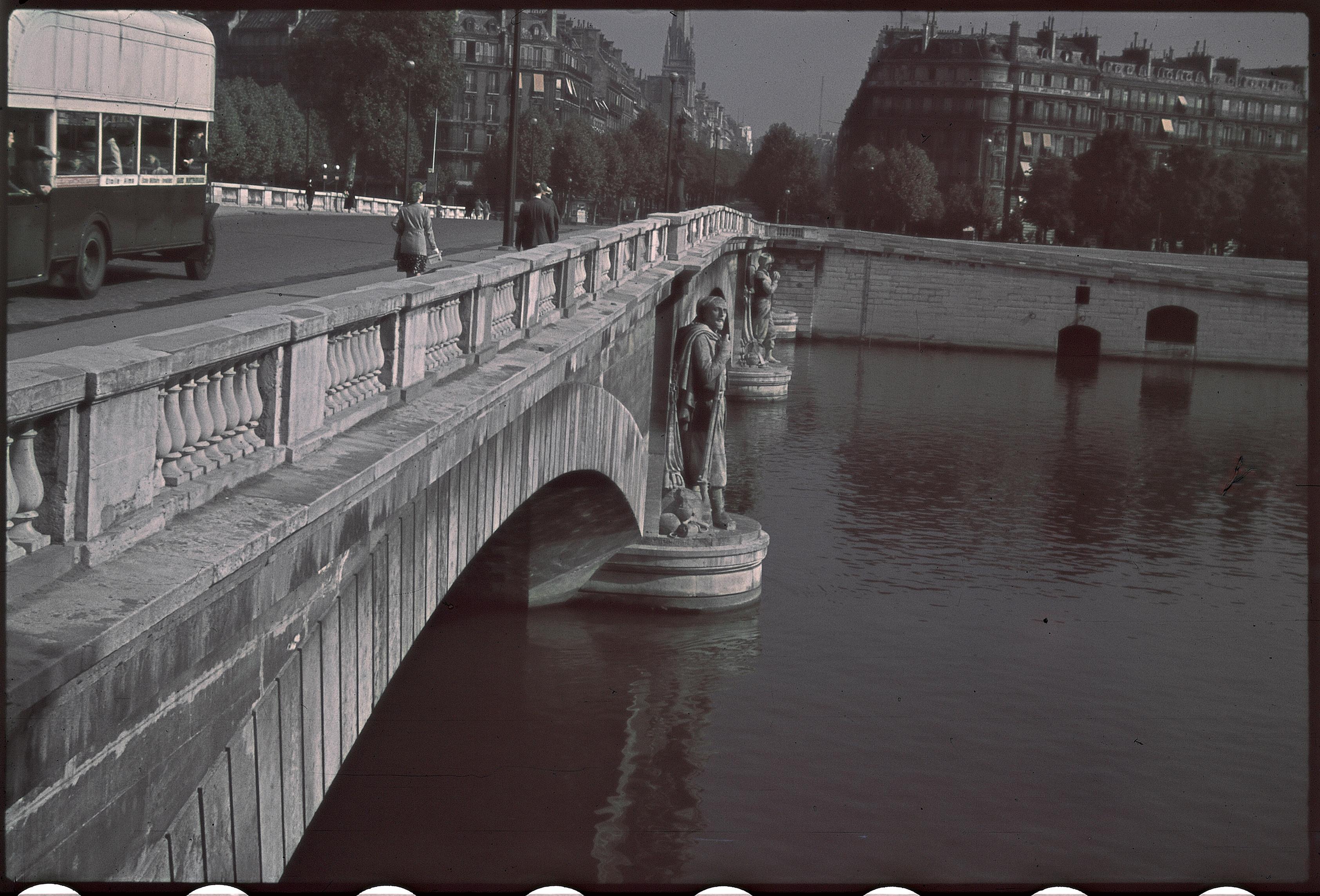 На мосту Альма