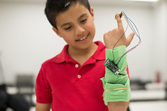 2017 4‑H National Youth Science Day challenge: Incredible Wearables