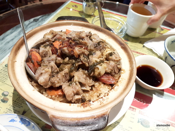 Steamed Pork Ribs with Rice in Hot Pot