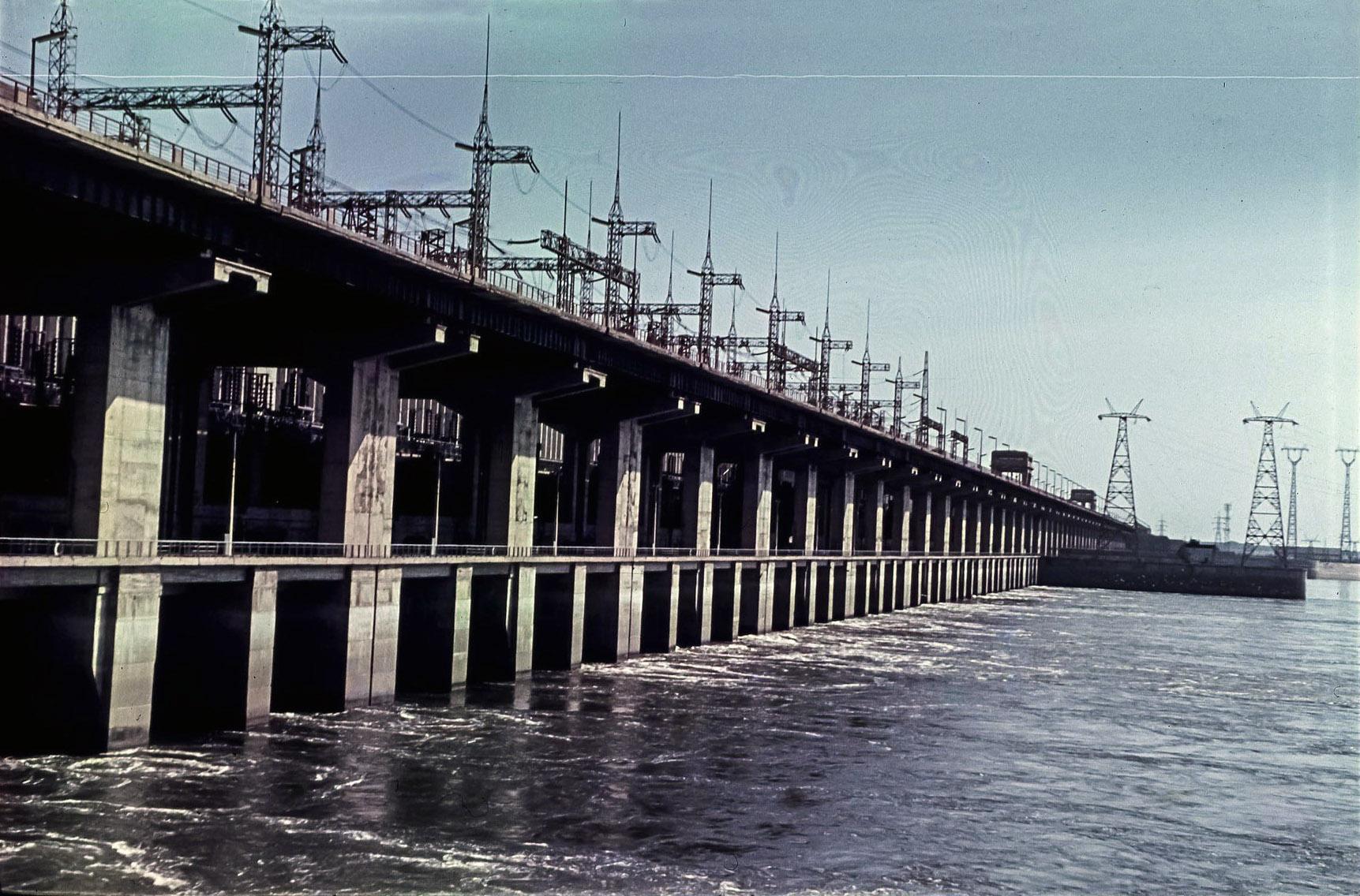 Волжский. Волжская ГЭС