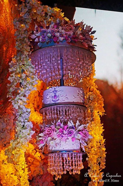 Blossom Chandelier Cake by Alfred Fernandez Nimo