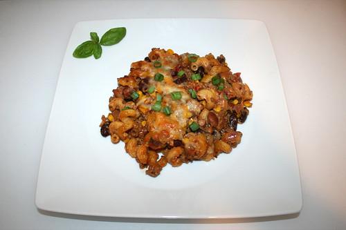 38 - Taco pasta casserole - Served / Taco-Nudelauflauf - Serviert
