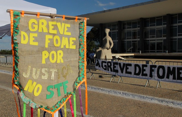 Grevistas de fome fazem ocupação simbólica do STF para exigir Justiça