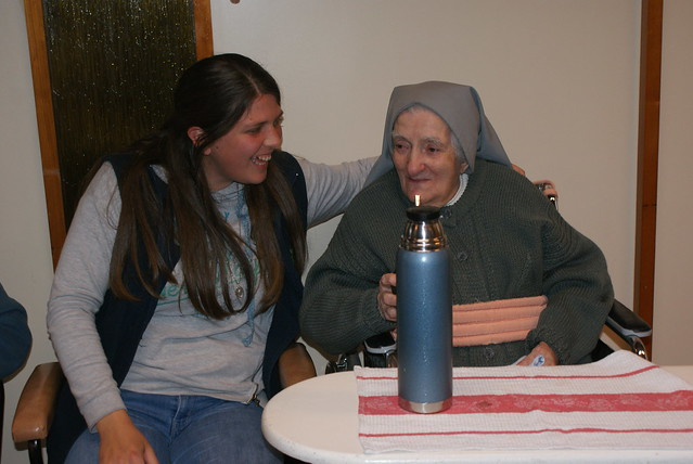 Visita de la Comunidad de Aspirantado a Madre Promis