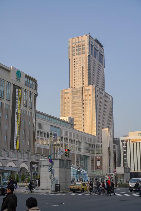 札幌駅南口50mm単焦点レンズ