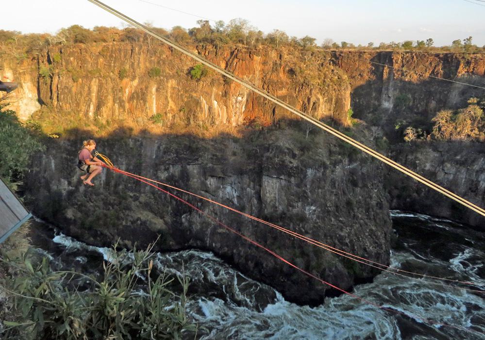 gorge-swing-victoria-falls