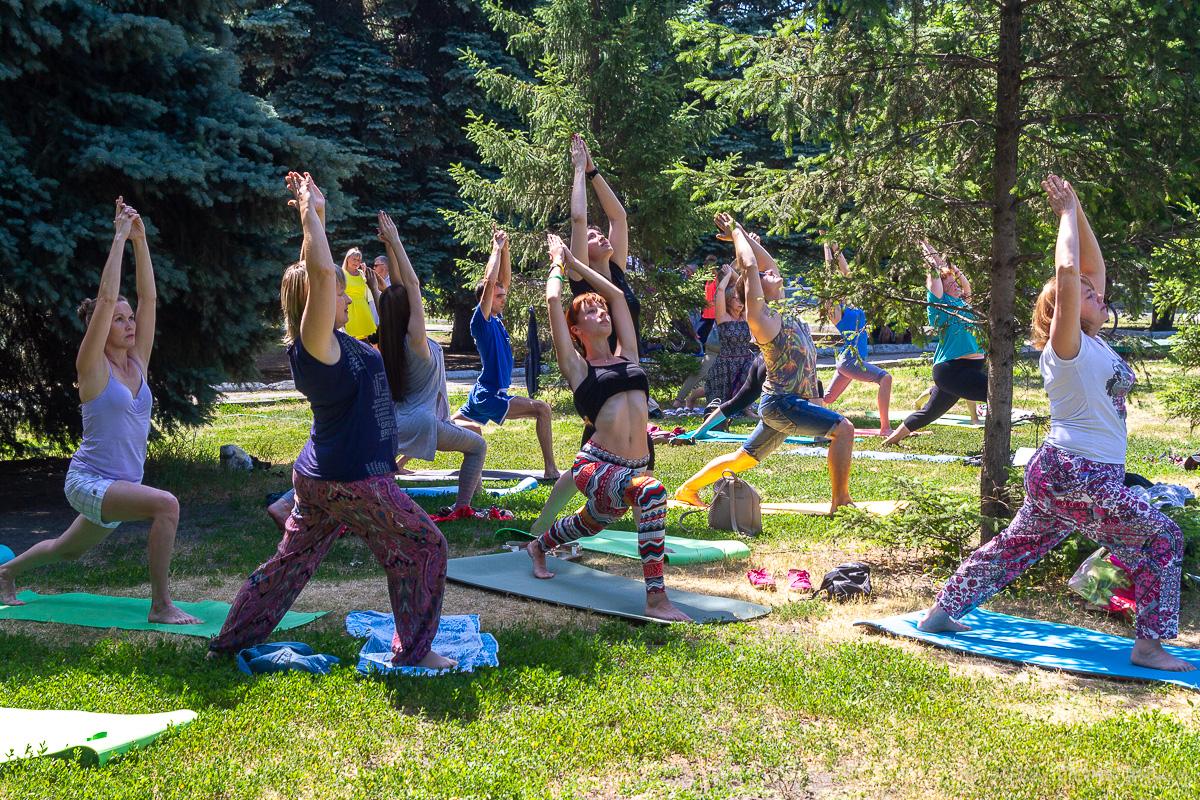 всемирный день йоги саратов фото 5
