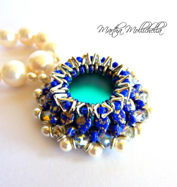 kite beads O beads tri beads Swarovski crystals Crystals bicones, Swarovski peaarls Rocailles 11/0 Miyuki cabochon luna soft