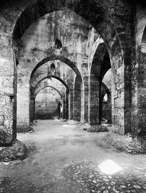Ramla-pool-of-arches-1937-heo-1